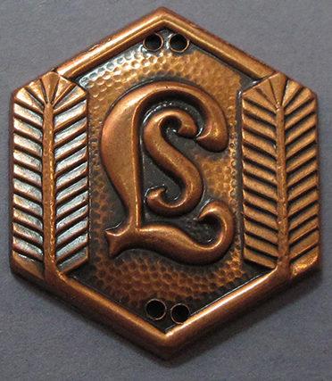 Бронзовый спортивный знак для отделения девочек «Lotta Svärd».