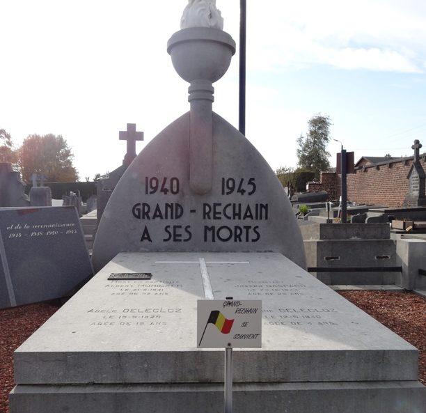 Муниципалитет Grand-rechain. Памятник жертвам обеих войн.