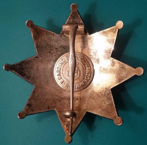 Аверс и реверс Звезды к знаку Великого офицера ордена Короны Италии.