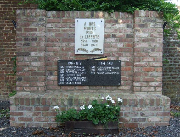 Совет Nil-Saint-Vincent. Памятник, посвященный погибшим воинам в обеих мировых войнах.