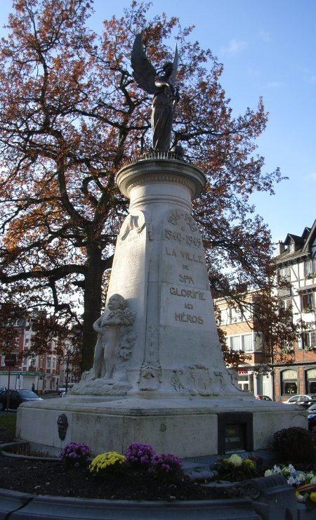 Муниципалитет Spa. Военный мемориал обеих войн.