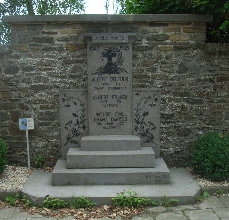 Муниципалитет Battice. Памятник погибшим в 1940-1945 годах.