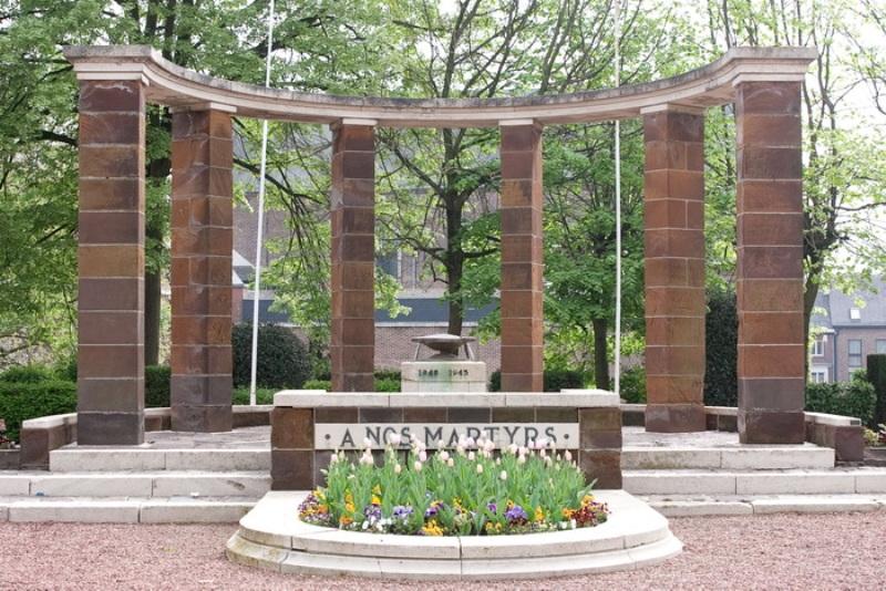 г. Warve. Памятник жертвам войны был установлен в 1951 году.