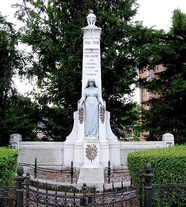Муниципалитет Hollogne-aux-pierres. Военный мемориал обеих войн.
