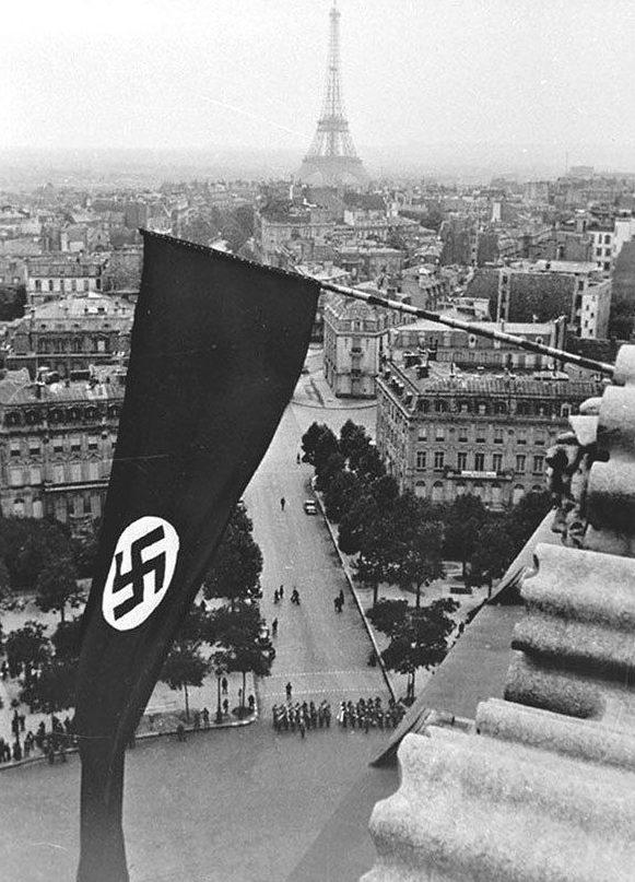 Париж с высоты. Осень 1940 г.