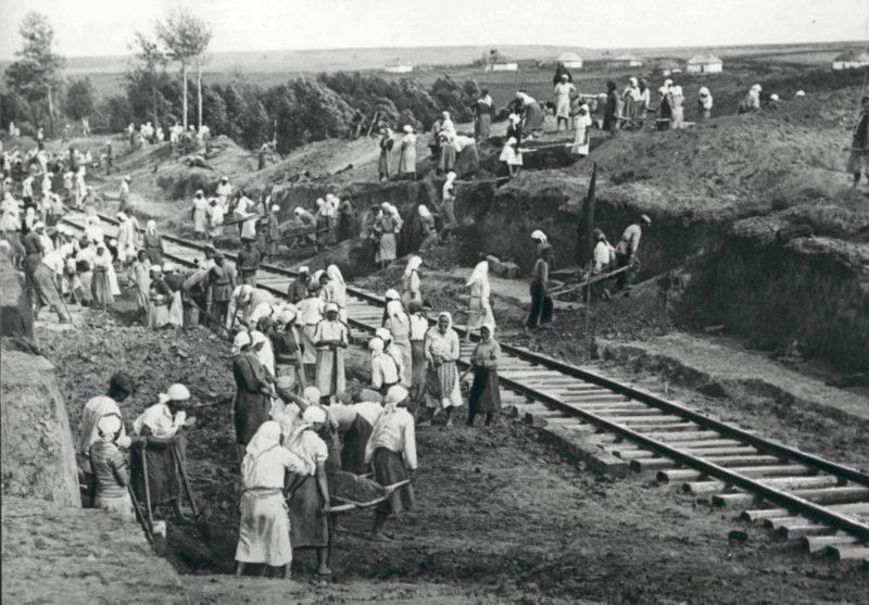 Восстановление железной дороги. Лето 1943 г.