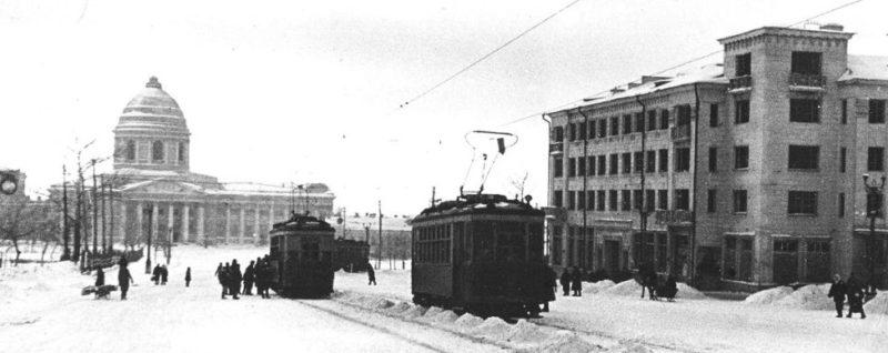 Трамваи на Красной площади. 1944 г.