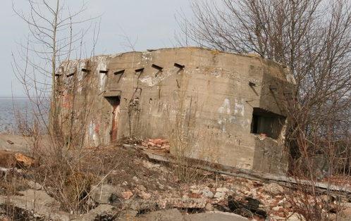 ДОТ №86, Кронштадский УР. Тулонская аллея возле, д. 3.