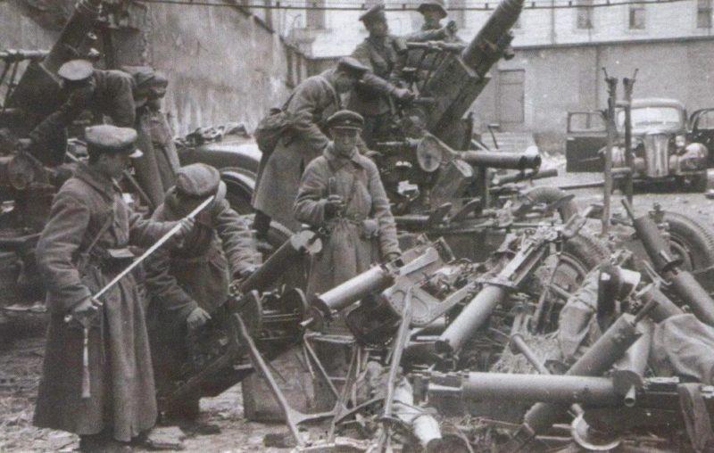 Трофеи Красной Армии. Брест, сентябрь 1939 г.