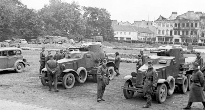 Советская бронетехника в Люблине. Сентябрь 1939 г.