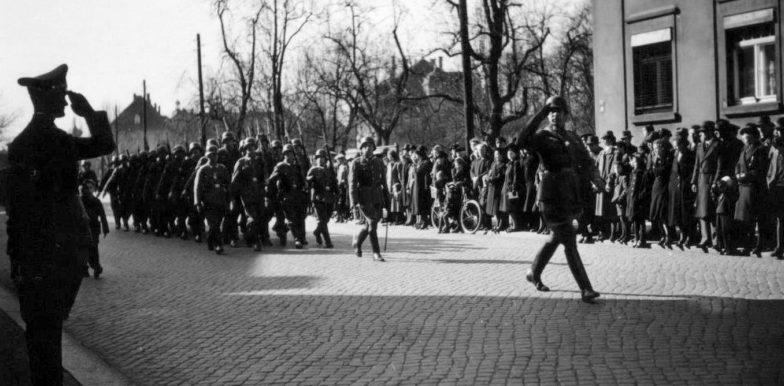 Парад немецких войск в Стрыю. Сентябрь 1939 г.