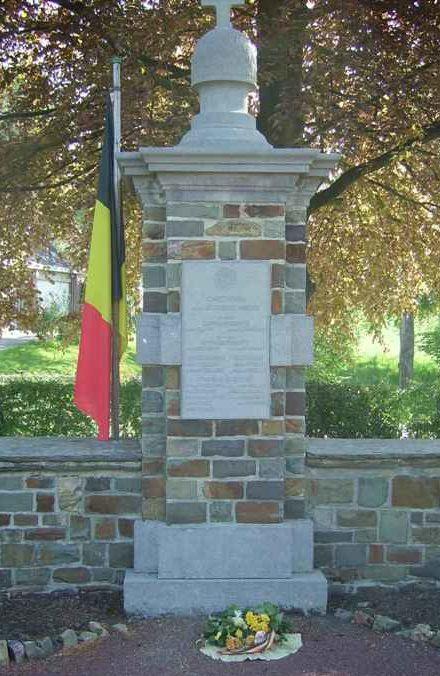 Муниципалитет Шеврон (Chevron). Военный мемориал обеих войн.