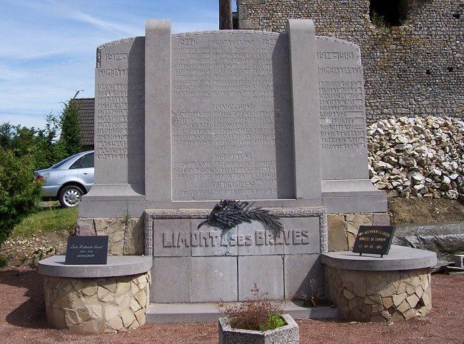 Муниципалитет Лимонт (Limont). Памятник погибшим и бойцам обеих войн.