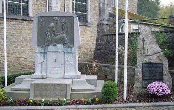 Муниципалитет Comblain-au-pont. Военный мемориал Второй мировой войны.