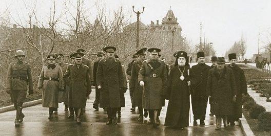 Оккупанты и духовенство. Весна 1944 г.