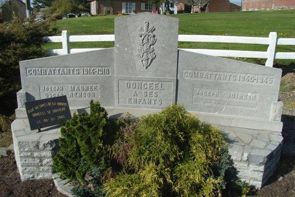 Муниципалитет Donceel. Военный мемориал обеих войн.
