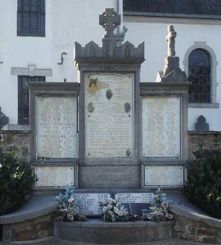 г. Amberlop. Военный мемориал обеих войн.