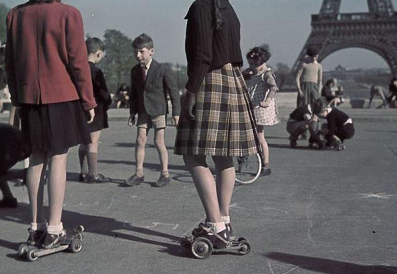 На площади Трокадеро. 1943 г.