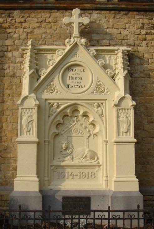 г. Эталл (Etalle). Памятник жертвам обеих войн. Скульптор - Камилла Вандекапелле.