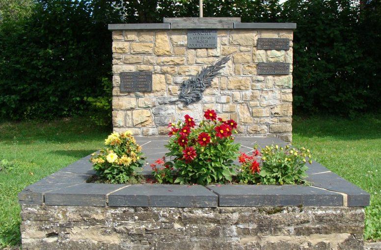 г. Hachy. Памятник жертвам обеих войн.