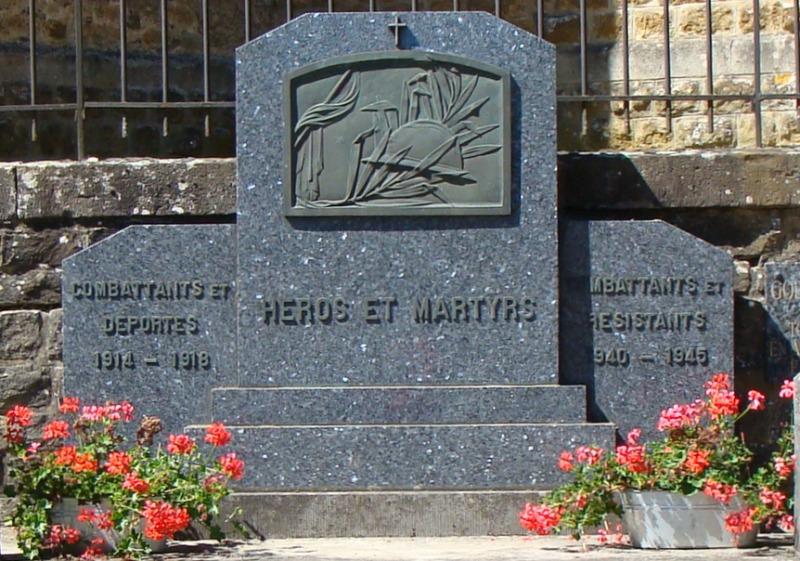 Муниципалитет Hondelange. Памятник погибшим в обеих войнах.