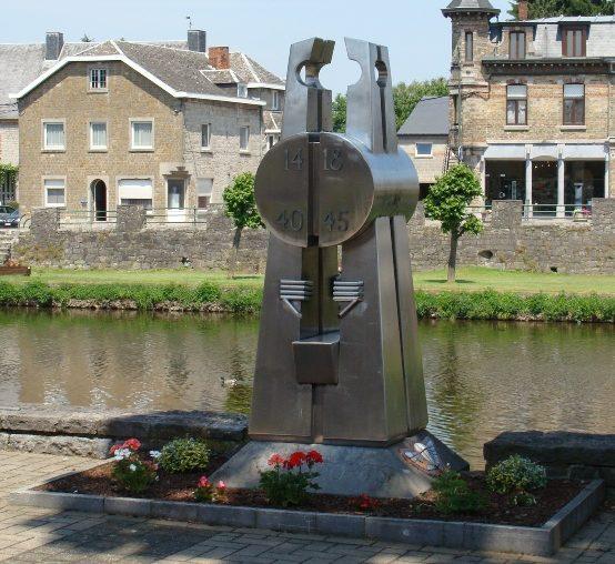 Муниципалитет Hotton. Военный мемориал обеих войн.