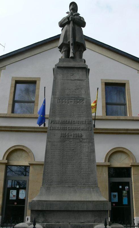 Муниципалитет Изеля (Izel). Военный мемориал обеих войн.