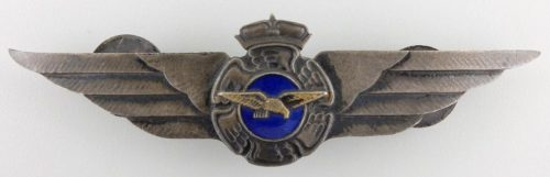 Аверс и реверс знака пилота ВВС 2-го класса.