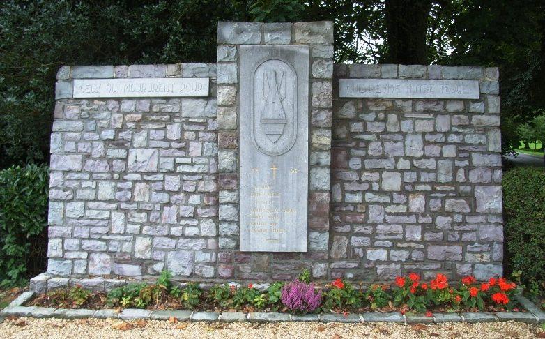 Муниципалитет Rendeux. Памятник саперам.