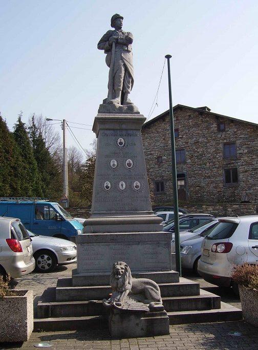 Коммуна Salmchateau. Военный мемориал обеих войн.