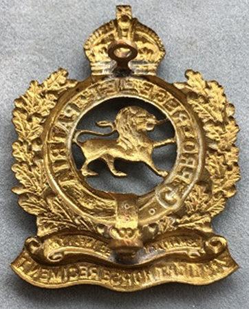 Аверс и реверс знака на шляпу военнослужащих 3-го полка легкой кавалерии.