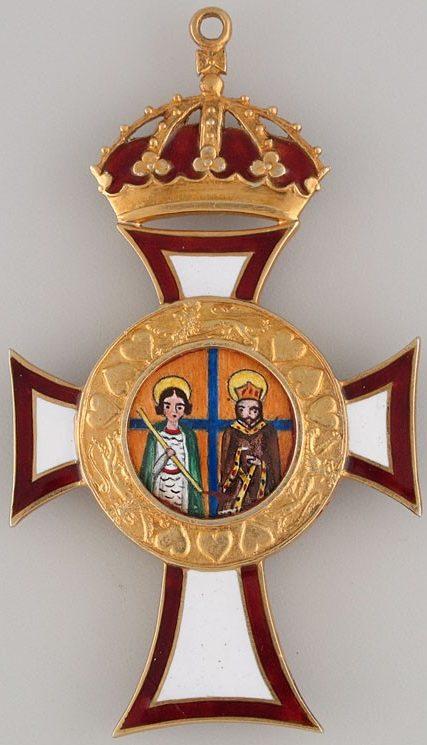 Аверс и реверс знака цепи ордена Святых Георгия и Константина.