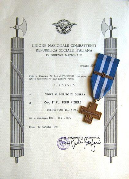 Свидетельство о награждении крестом «За военные заслуги».