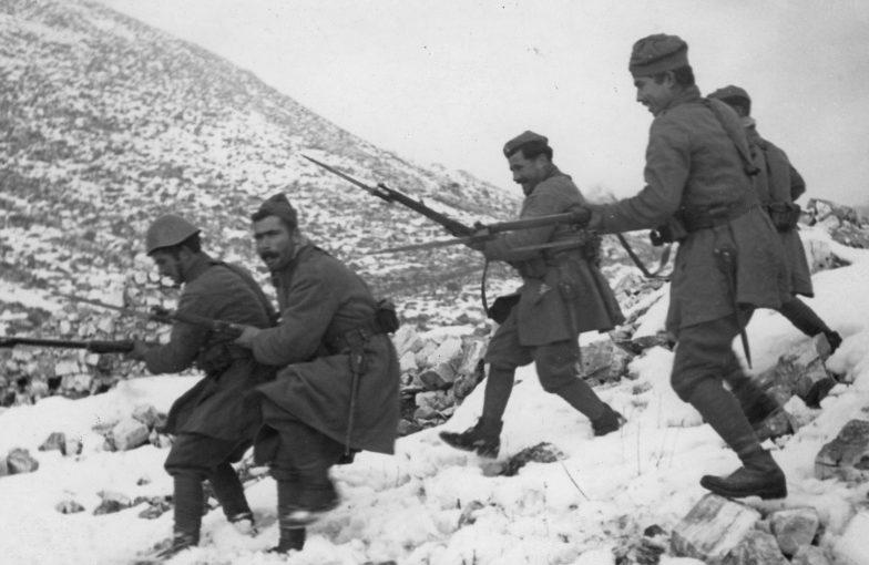Греки атакуют итальянцев. Декабрь, 1940 г.