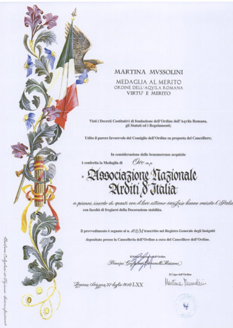 Свидетельство о награждении медалью Ордена Римского орла.