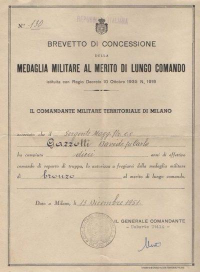Свидетельство о награждении бронзовой медалью заслуг за долголетнее командование в армии (10 лет).