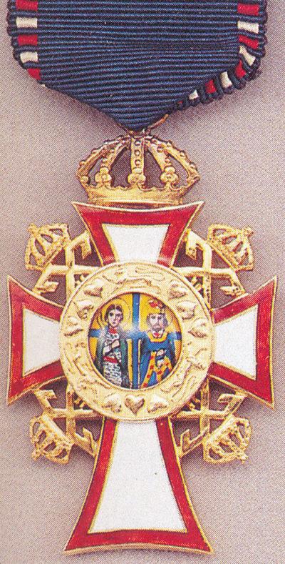 Золотой офицерский крест ордена Святых Георгия и Константина.