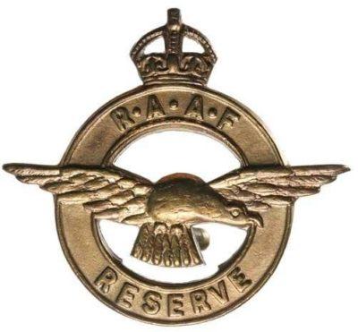 Аверс и реверс знака членов волонтерского корпуса воздушных наблюдателей RAAF Reserve.