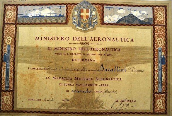 Свидетельство о награждении медалью военной авиации за долголетнее самолётовождение.