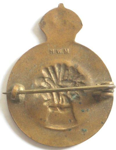 Знаки Австралийской женской сухопутной армии (AWLA).