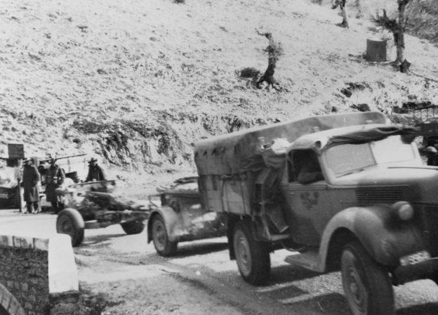 Австралийцы прибыли защищать греков. Март-апрель, 1941 г.