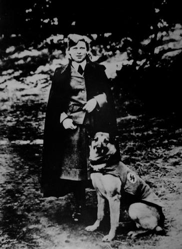 Надзирательница концлагеря Равенсбрюк Эльфрида Хут.