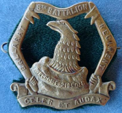 Знак на шляпу военнослужащих 8-го пехотного батальона.