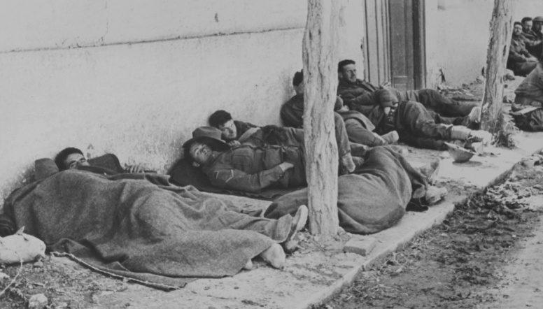 Австралийские солдаты в плену у немцев. Апрель, 1941 г.