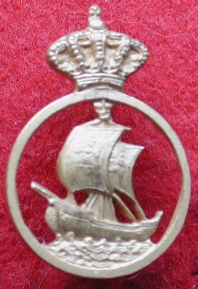 Знаки парусного судна-школы «Cristoforo Colombo».