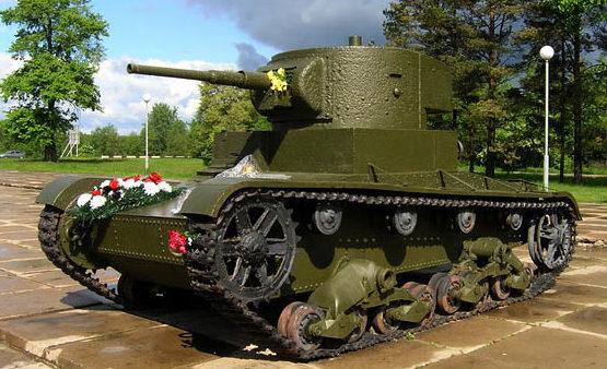 Памятник-танк Т-26.