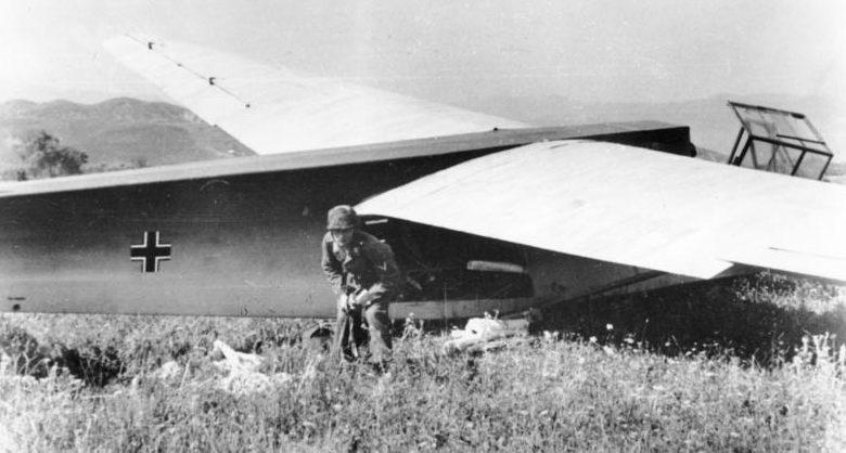 Высадка десанта с планера. Крит. Май, 1941 г.