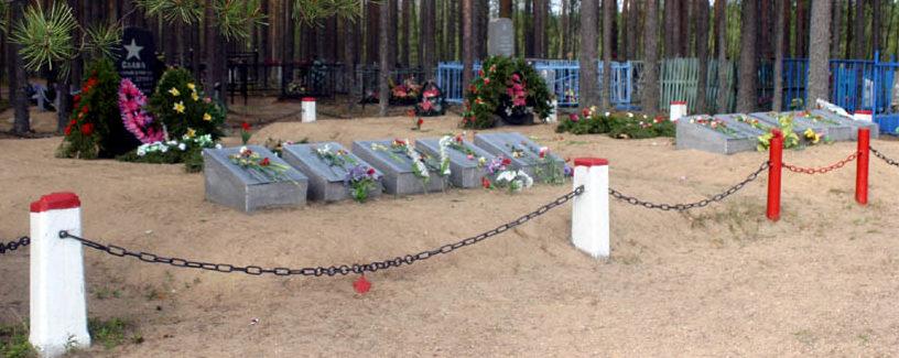 п. Кузьминское Выборгского р-на. Воинское кладбище, где в братских могилах захоронено 1 312 советских воинов.