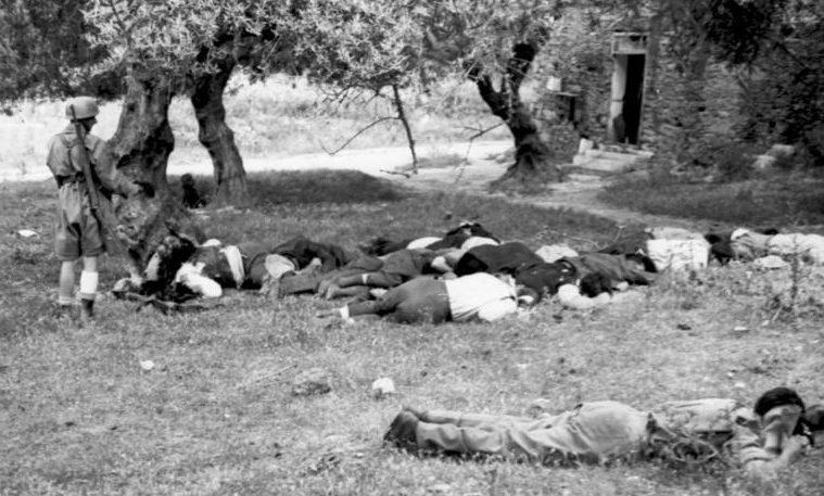 Расстрелянные греки немецкими парашютистами. Крит. Май, 1941 г.
