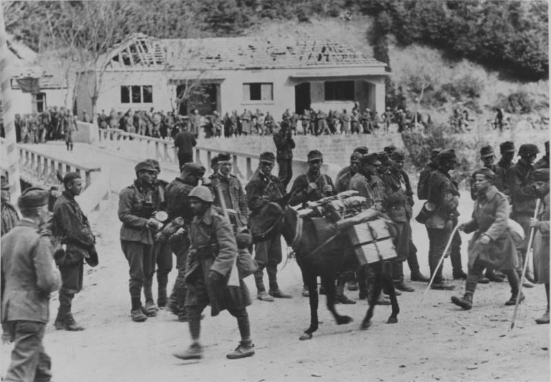 Итальянские и немецкие войска в Греции. 1941 г.